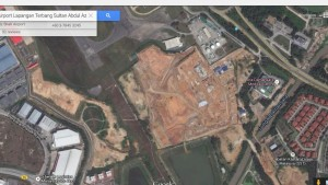 Location of the Subang police air base as seen from Google Map. The new air base is located adjacent to the Ara Damansara Medical Centre and the Petronas Fuel Depot.