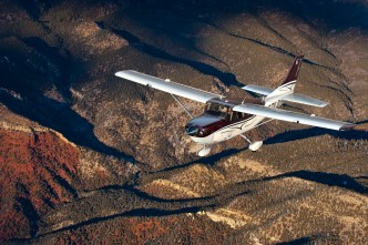 Cessna 206 StationAir. Textron picture.