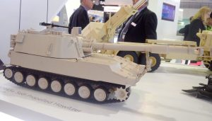 A model of the M109A5+ SPH at BAE Systems showcase.
