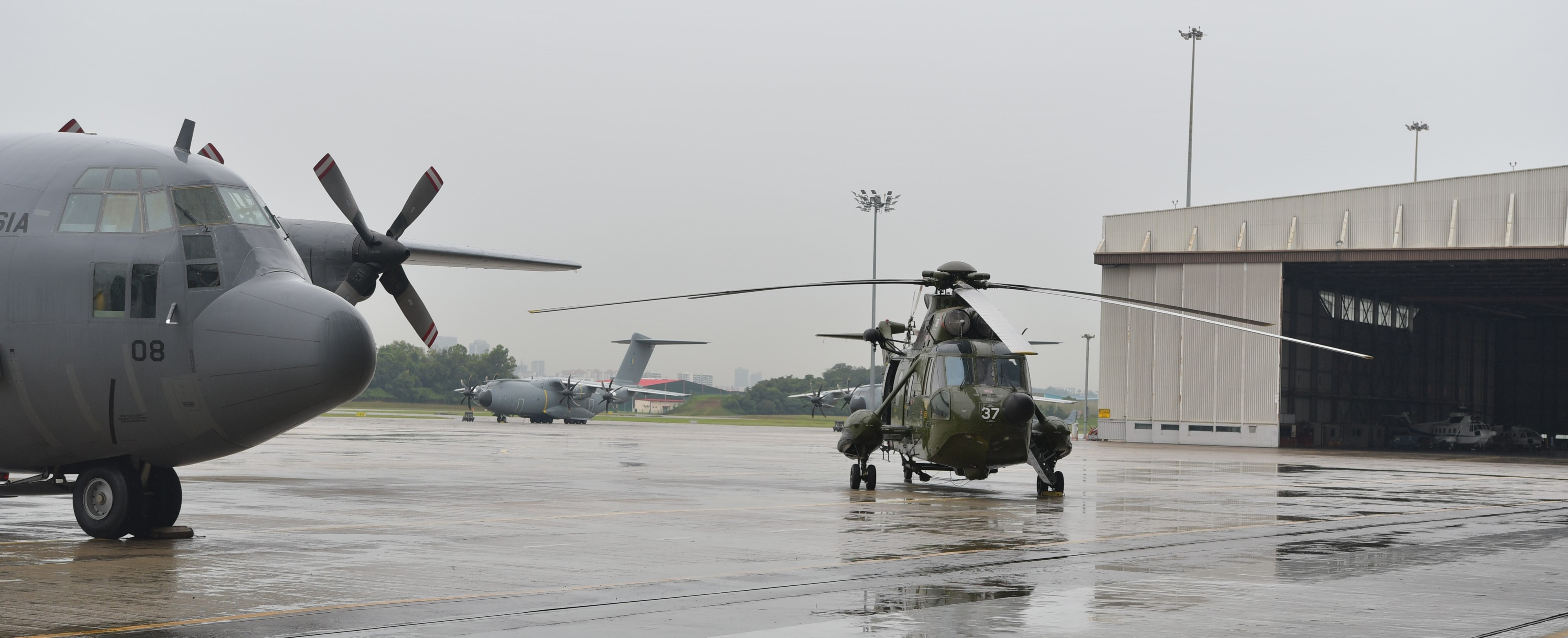 helicopter nuri with Rmaf Upgrades On Track on Perak Malaysia 2 June 2016 Sikorsky 447116083 further Supersonic Particle Deposition As Potential Corrosion Treatment Method For Helicopter Part In Malaysia moreover Tudm Sikorsky S 614a Nuri in addition Iraqi Helicopter Shot Down In Clash With Militants Officials Say further Barzani abdden apache helikopter aliyor 1092203.